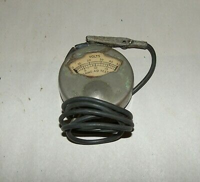 Sterling Hearing Aid Battery Tester 50 Volts and a 50 Volt DC Meter 1916