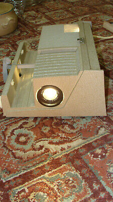 Sawyers Vintage 500-S Slide Projector with Bulb, Cords, Case Care Instructions