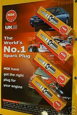 Fiat Punto mk3 1.2 1.4 16v 05on NGK Spark Plugs x4 NEW