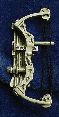 Empire Pewter Compound Bow Archery Pin (CB39)