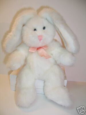 RUSS WHITE FLUFFY BUNNY RABBIT  -- HUGGUMS