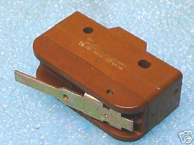 MicroSwitch BZ-RW84414A2 Basic Switch