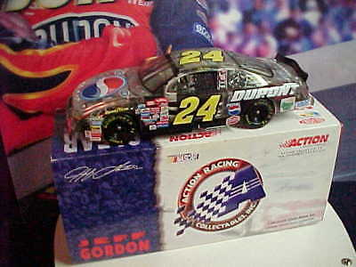 "2001 JEFF GORDON #24 DUPONT/PEPSI ""CLEAR"" ACTION 1/24 CAR"