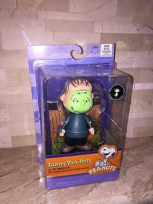 Peanuts Halloween Special Linus Van Pelt As The Monster Figure