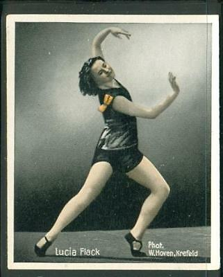 1930s: Lucia Flack - Dancers of the World card #49