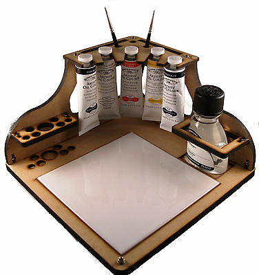 Oil Paintstation with 5 paints, brushes and thinner.