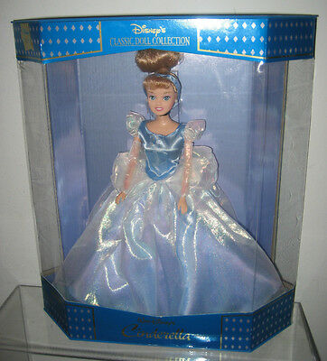 DISNEY CINDERELLA CLASSIC DOLL COLLECTION DISNEY STORE EXCLUSIVE NEW IN BOX