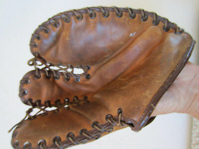 Vintage Baseball Child's Leather First Baseman's Trappers Mitt