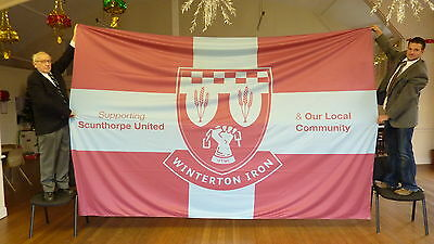 Custom Flag Makers knitted polyester flags