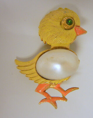 Vintage Gold Tone Metal Enamel Faux Pearl Jelly Belly Easter Chick Pin Brooch