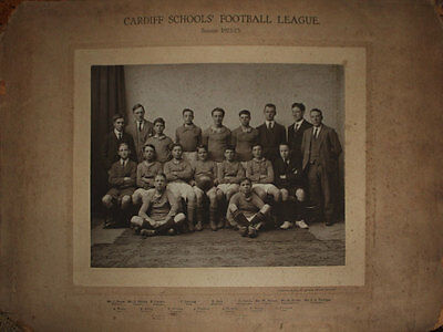 CARDIFF SCHOOLS FOOTBALL LEAGUE 1922-23 PLAYERS PHOTOGRAPH ON MOUNT 50cm x 39cm