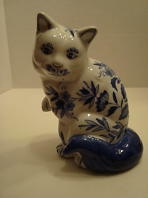 Porcelain Blue & White Cat with a Blue Tail