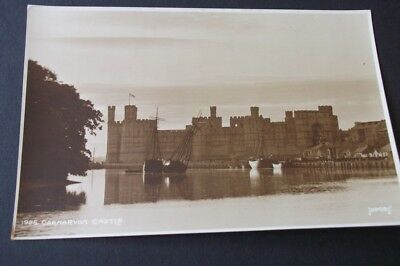 Old Postcard Of Carmarvon Castle