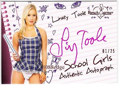 2011 Benchwarmer School Girl Auto: Linsey Toole #1/25 Autograph Hooters 1/1