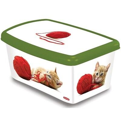 Curver Petlife 5 Litre Cat Food Box with Cats Playing with Wool