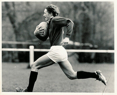 """JOHN RUTHERFORD SELKIRK & SCOTLAND RUGBY PHOTOGRAPH 10"""" x 8"""" (25cm x 20cm)"""