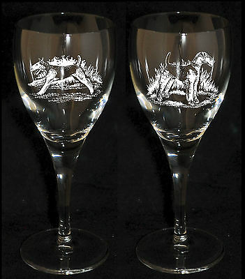 AIREDALE TERRIER GIFT - Engraved PAIR WINE GLASS *DOG GIFT*