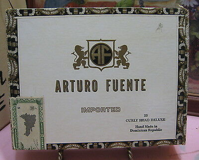 Vintage Arturo Fuente Rothschilds Empty Wood Cigar Box with 8 Matchbooks