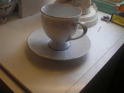 VALENCIA NORITAKE 3163 Footed Cup & Saucer Set