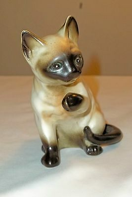 VINTAGE LEFTON SIAMESE CAT FIGURINE SEAL POINT # 1875 PAW RAISED KITTY