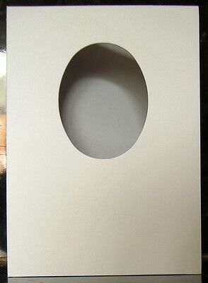 10 x White Oval Aperture Card Blanks With Envelopes, 250gsm - SC104 A5