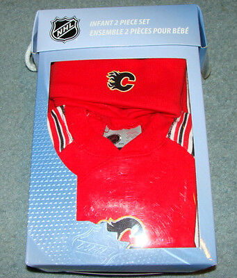 Calgary Flames 2 Pc Box Set Sleeper Beanie 6-9 Months Infant NHL Hockey Kids