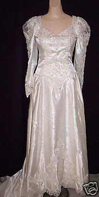 VINTAGE 1980s IVORY BEADED WEDDING BRIDAL GOWN DRESS with CATHEDRAL TRAIN sz 12