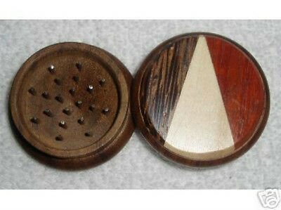 Wooden Tobacco, Herb, Or Spice Grinder - Triangles