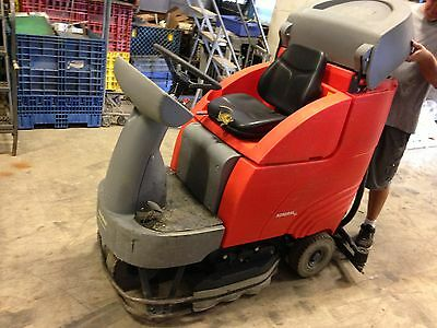 Powerboss Power Boss Admiral 30 32 Ride On Floor Scrubber Sweeper W Charger