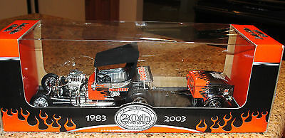 Hooters 1983-2003 20Th Anniversary A Delightfully Double Decade Hot Rod&trailer