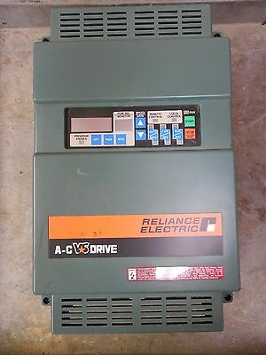 Reliance Electric AC Drive GP2000 2GU41010 11.3 KVA 10 HP 3PH 2GU41010-BD-0004