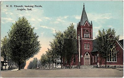 1914 ANGOLA Indiana Ind Postcard ME Church Looking North