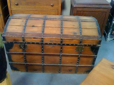 Huge Antique Pine Pirate Style Chest Steamer Trunk,Collectibles,Cabin,Stagecoach