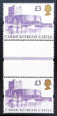 GB 1995 £3 Castle Unmounted Vertical Gutter Pair SALE PRICE BN1838
