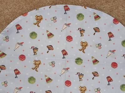 Bassinet Sheet/ Cotton /bunnies Balls Tops And Blocks In Two Colors