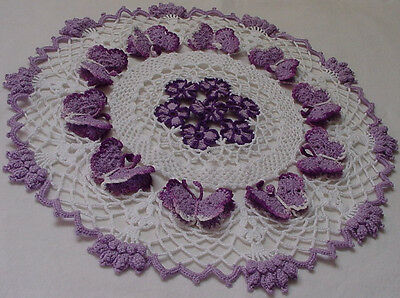 Free Crochet Patterns For Butterfly Doilies : Daisy and Butterfly Crocheted Doily