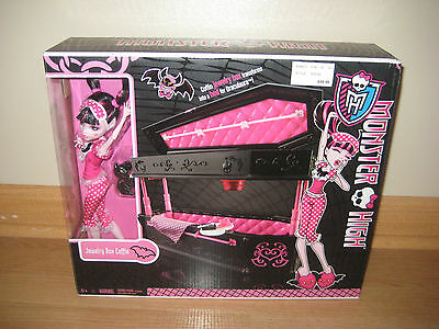 VHTF Monster High Doll Draculaura Dead Tired Coffin Jewelry Box/ Bunk Bed
