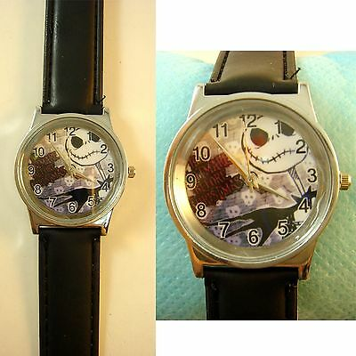 Nightmare Before Christmas Jack Fashion Wrist Quartz Watch Wristwatch + Badge