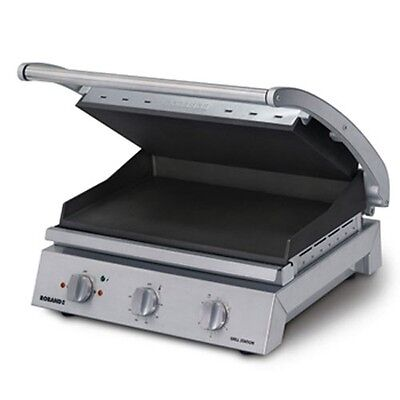 Roband Commercial 8 Slice Smooth Plate Non Stick 2300W Grill Station GSA810ST