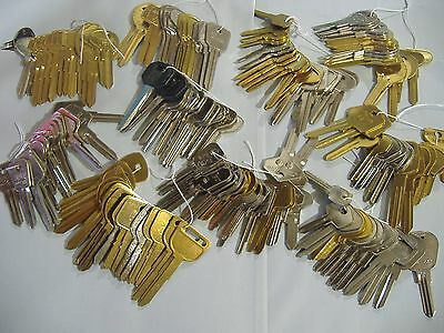 Lot Of 162 Piece Locksmith Classic Foreign Car Key Blank Assortment