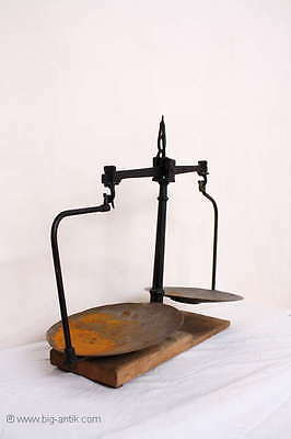Große Museale Waage / 2 Schalen / Eisenwaage / Obstwaage / Large Antique Scales