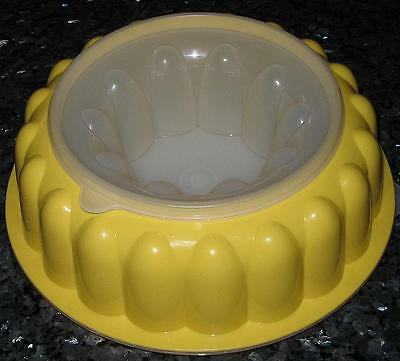 Vintage Retro 60s - 70s Tupperware 3 Piece YELLOW Jelly Mould in Great Condition