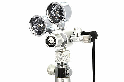 CO2 Regulator With Solenoid and Dual Pressure Gauges