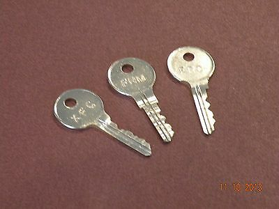 ( 2 ) STEELCASE MASTER KEYS ( FR and XF SERIES LOCKS ) OFFICE FURNITURE