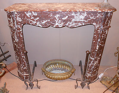 Camino marmo Rosso di Francia sec. XIX h. cm. 102x112x35 red marble fireplace