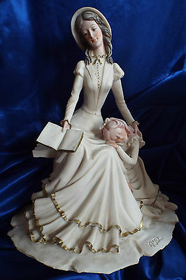 LOVELY FIGURINE MOTHER READING  TO CHILD CAPODIMONTE   1984