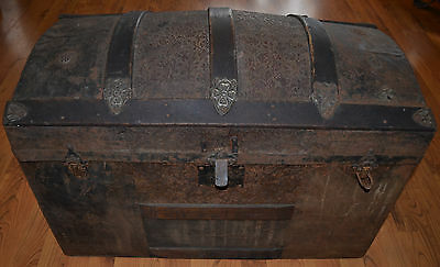 "Antique Ornate Hump Back Dome Top Steamer Trunk All Original 30"" Wide 21.5"" Tall"