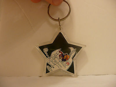 DRAT!  - Dick Dastardly and Muttley KEYCHAIN - 1994 Star Shaped in Plane