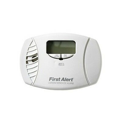 First Alert CO615 Plug-In Carbon Monoxide Alarm with Battery Backup and Digit...