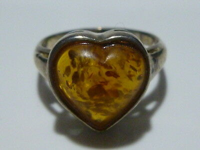 VINTAGE EUROPEAN FOREIGN STERLING SILVER AMBER HEART WOMENS RING BAND SIZE 5.5